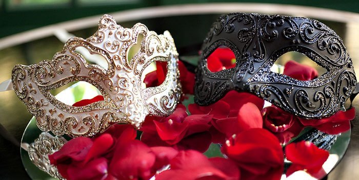 masquerade-ball-party-theme